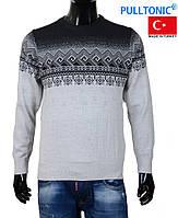 Зимние мужские свитера хорошего качества.