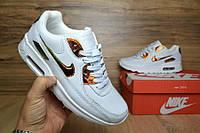 Женские кроссовки Nike Air Max 90, материал - кожа, белые с золотом