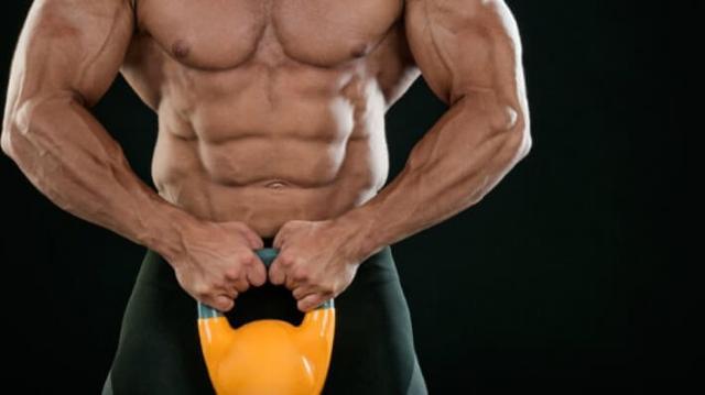 13 упражнений с гирями