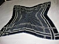 Платок Salvatore Ferragamo  шерстяной можно приобрести на выставках в доме одежды Киев