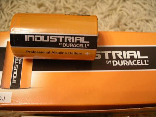 Duracell Industrial LR20 щелочная батарейка