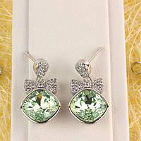 012-0056 - Серьги с кристаллами Swarovski Cushion Square Crystal Chrysolite и прозрачными фианитами родий