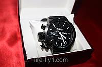 Мужские часы U-BOAT № 0284 кварцевые корпус черный полированная сталь стрелки и метки времени белые для левши