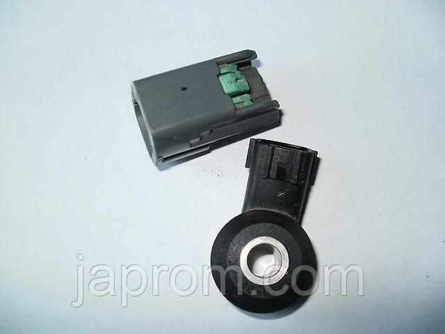 Датчик детонации Nissan Primera P12 QR20 X-Trail T30 220602Y000