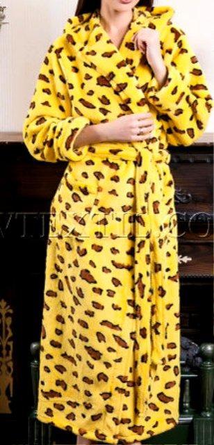 Женский махровый длинный халат с капюшоном