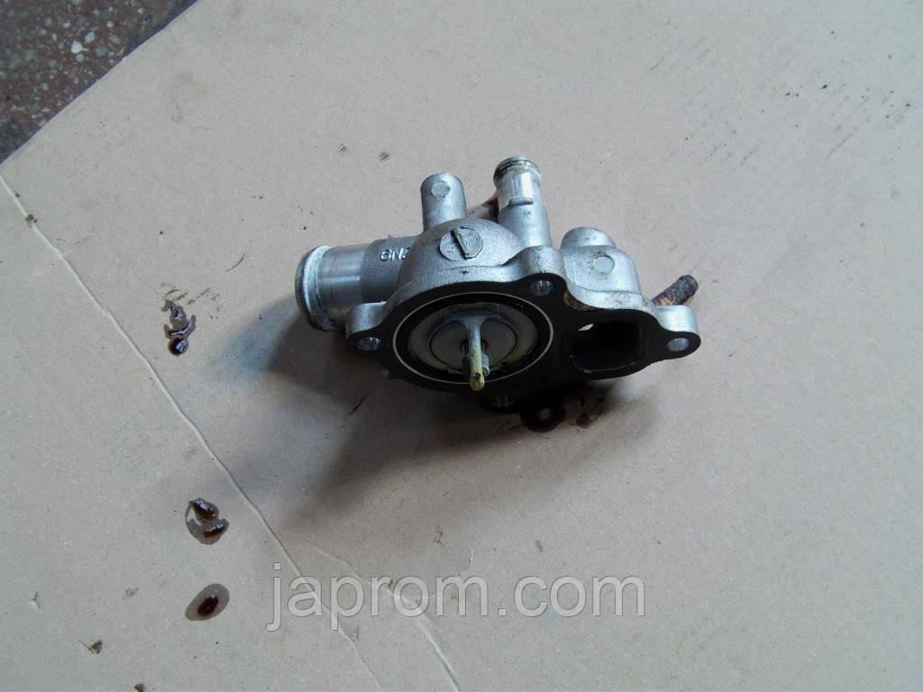 Корпус термостата Nissan Primera 12, X-trail T30 QR20 / QR25  110608H300
