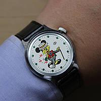Микки Маус Восток механические часы СССР