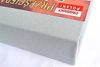 Простынь (наматрасник) на резинке из трикотажа светло-серая
