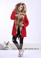Красная зимняя парка с лисой