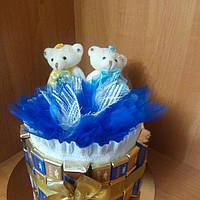 Свадебный торт из конфет и мишек