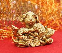 """Статуэтка """"Собачка на скипетре жуи"""" полистоун под бронзу (10х5х7 см)"""