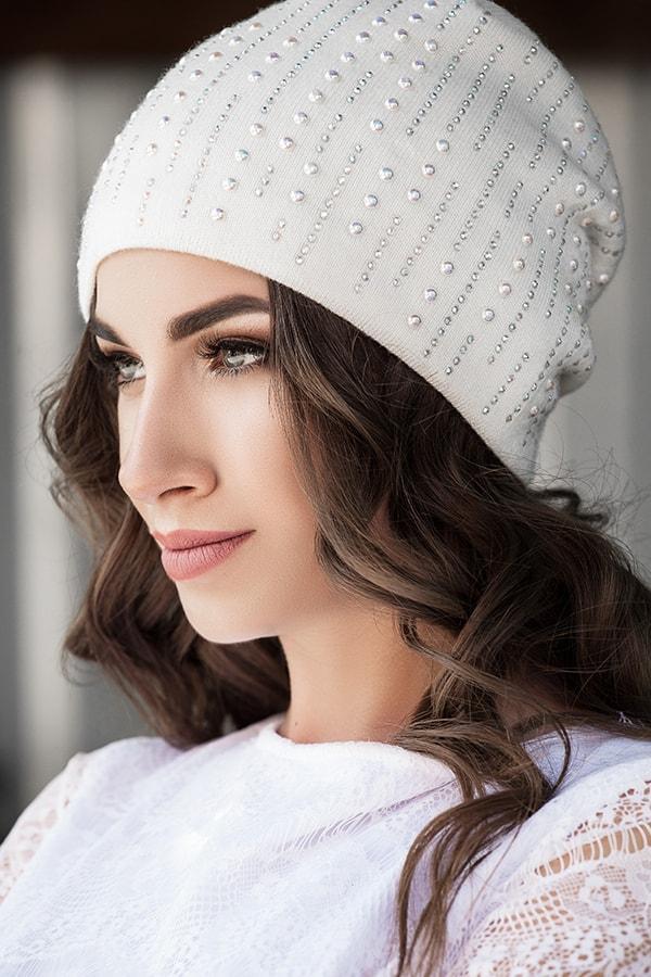 Женская модная шапка Жемчужина
