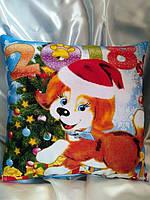 Подушка ДВУХСТОРОННЯЯ!!! С двух сторон изображен яркий красочный рисунок! Новогодняя сувенирная подушка 2018 г