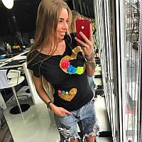Стильная, женская футболка с принтом 3D (декорирована голограммой  и цветами)