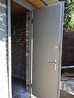 Двери металические