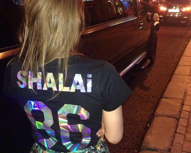 Магазин футболок с надписями