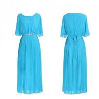 Закрытое голубое вечернее платье