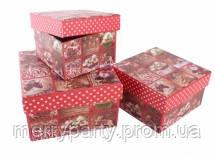 Подарочная коробка новогодняя 11*11*7 см