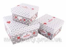 Подарочная коробка новогодняя 9*9*6 см