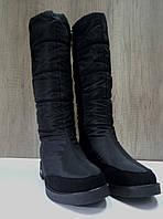 Зимние сапожки-дутики женские  чёрные c замшевыми вставками.