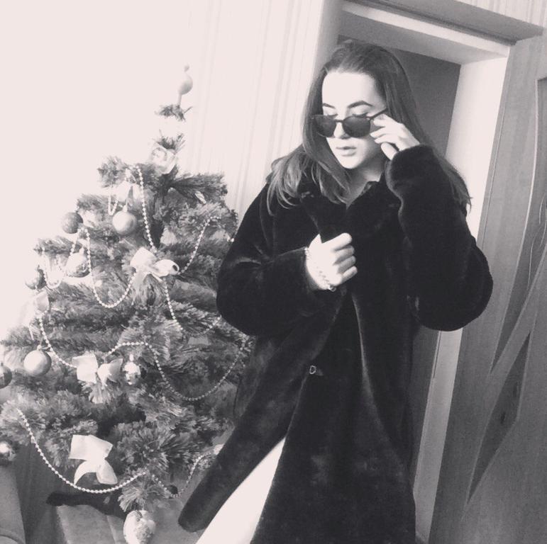 Шикарная женская шуба на зиму