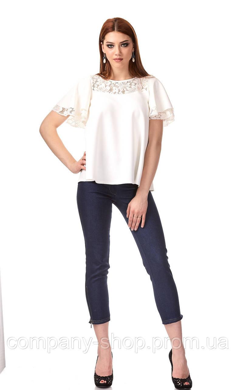 Женский трикотажный блузон с кружевом. Модель К077_белый.