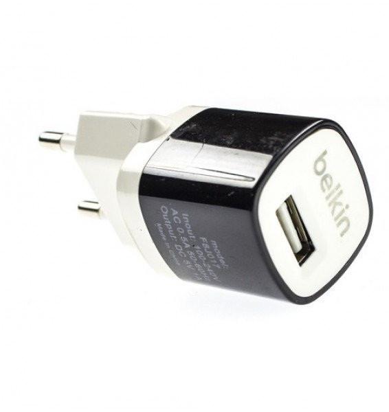 Зарядное устройство Belkin USB + кабель microUSB F8J017E