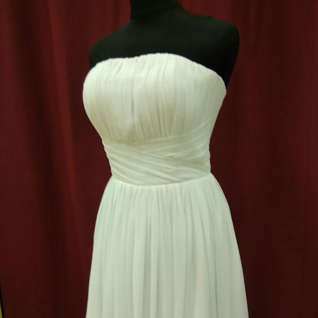 Короткое белое свадебное платье