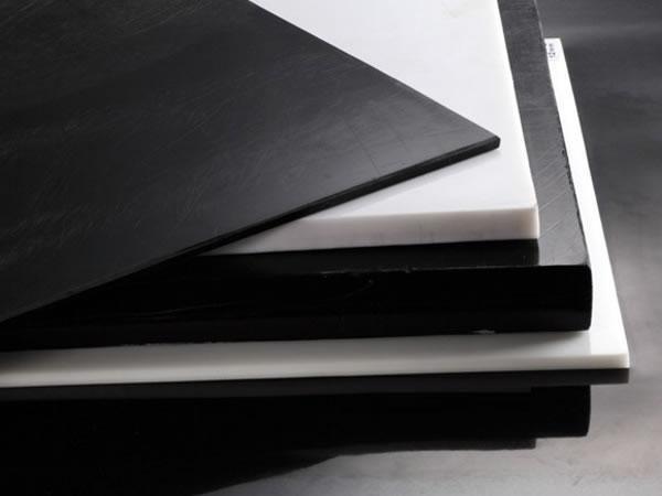 Полиацеталь лист т.40 мм (белый / черный)