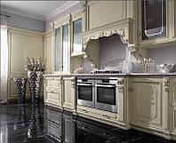 Кухни с деревянными фасадами Карина