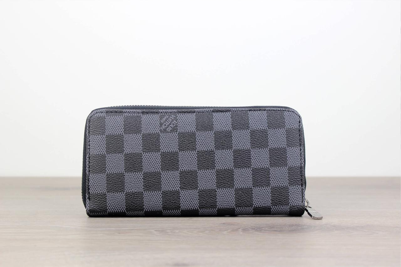 Клатч Louis Vuitton Zippy Vertical Silver 18098 черно-серый реплика -  Брендовая одежда от интернет 9d6d98cb137