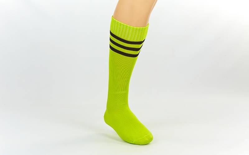 Гетры футбольные взрослые салатовые с черной полосой CO-120-LG