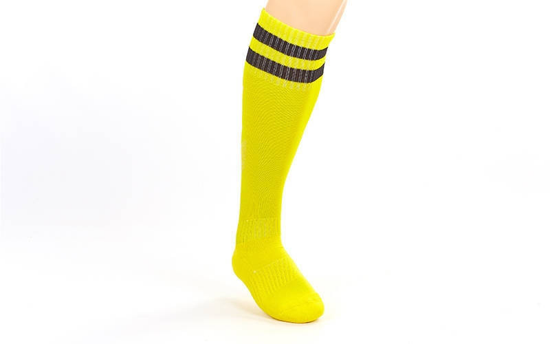 Гетры футбольные взрослые желтые с черной полосой CO-3256-Y