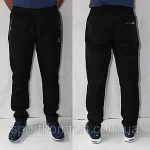 Чоловічі спортивні штани трикотажні прямі SOCCER, 70 бавовна, три кишені на блискавці.
