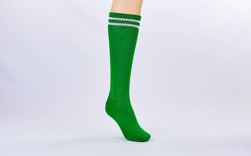 Гетры футбольные взрослые зеленый с белой полосой ETM011-G