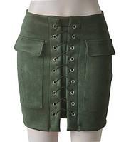 Женская замшевая юбка с карманами на шнуровке зеленая (хаки), фото 1