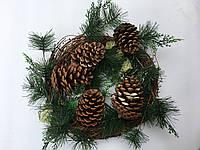 Венок рождественский  с шишками 35 см