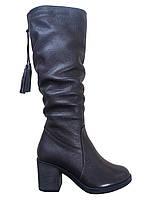 Кожаные женские зимние сапоги на каблуке Romax 5246