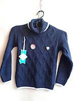 Практичная и теплая кофта на мальчика,состав: 30% шерсти, размеры:5-8 лет, цвет темно-синий с белой окантовкой