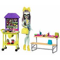 Набор Монстер Хай Фрэнки Штейн из серии Школьный дух обед / School Spirit Frankie Stein Doll Lunch Playset - G