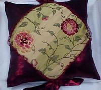 Дизайнерская подушка (п001)