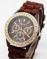 Часы женские GENEVA ЖЕНЕВА со стразами Шоколад