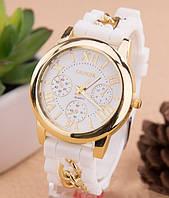 Женские часы Женева (GenevaЧасы Женева с силиконовым ремешком и цепочкой Белые