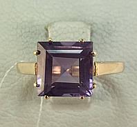 Кольцо с натуральным аметистом золотое 585 проба