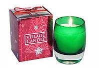 """Аромасвеча """"Рождественский дом"""" подарочная в стекле Village Candle"""