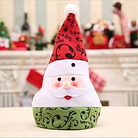 Новорічна шапка з Дідом морозом