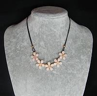 Ожерелье нарядное Цветы
