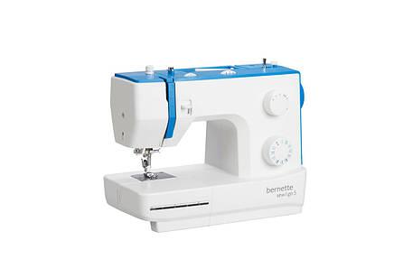 Электромеханическая швейная машина BERNINA Bernette SEW&GO 5