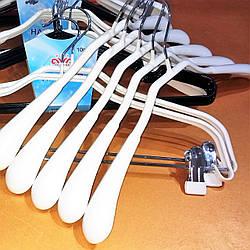Вешалки металлические с силиконовым покрытием