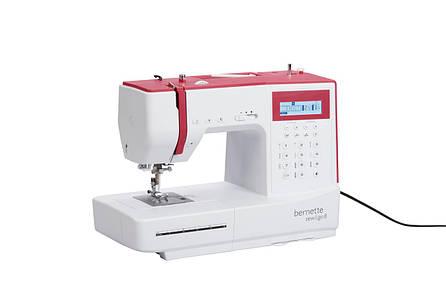 Компьютеризировання швейная машина Bernina Bernette Sew&Go 8